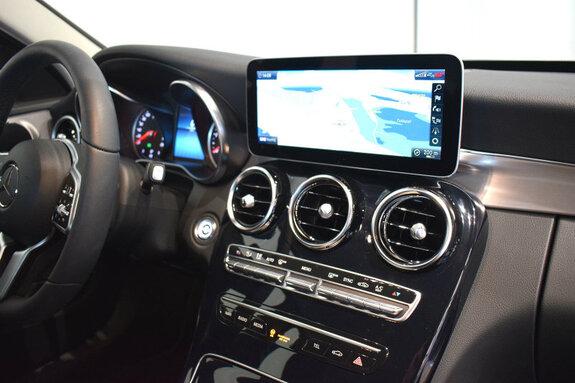 Kuva 8/11, Mercedes-Benz C 180 d Aut. Business Avantgarde +Navi, Sedan, Automaatti, Diesel, IOO-357