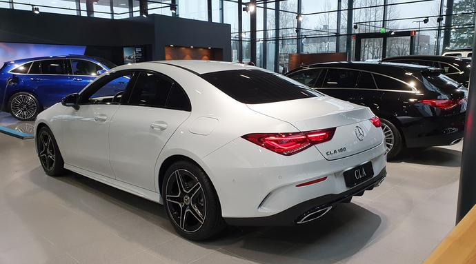 Kuva 2/7, Mercedes-Benz CLA 180 A Business AMG **UUSI AUTO, NOPEAAN TOIMITUKSEEN**, Coupe, Automaatti, Bensiini, KTV-146