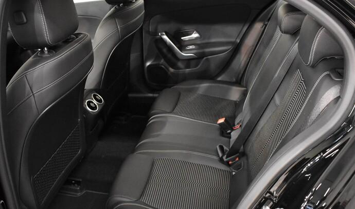 Kuva 9/11, Mercedes-Benz A 180 A Business Progressive, Monikäyttö, Automaatti, Bensiini, COO-900