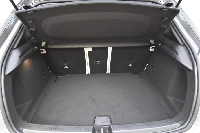 Kuva 19/20, Mercedes-Benz A 180 A Business Style + Lisälämmitin, Monikäyttö, Automaatti, Bensiini, JF-4500