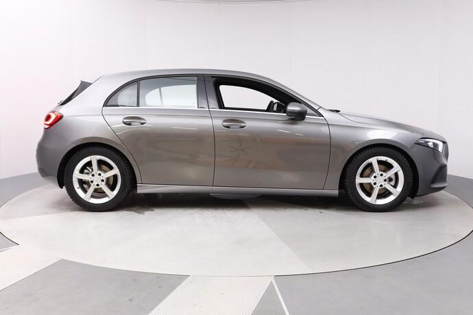 Kuva 7/20, Mercedes-Benz A 180 A Business Style + Lisälämmitin, Monikäyttö, Automaatti, Bensiini, JF-4500