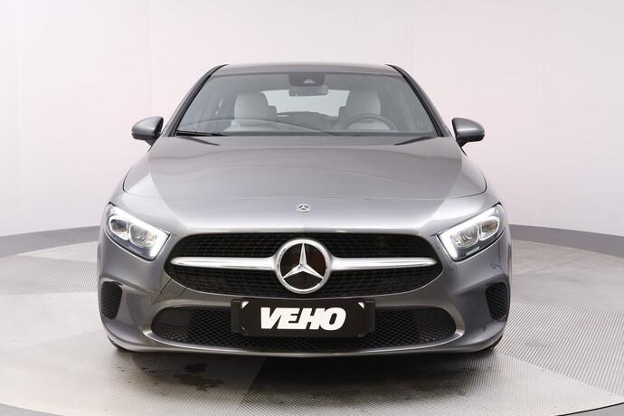 Kuva 9/20, Mercedes-Benz A 180 A Business Style + Lisälämmitin, Monikäyttö, Automaatti, Bensiini, JF-4500