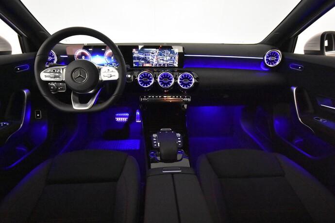 Kuva 14/26, Mercedes-Benz A 250 e A sedan Bsn AMG Edition EQ Power + Panorama, Isot Diginäytöt, Sedan, Automaatti, Bensiini, Plug-in-hybridi, JMB-767