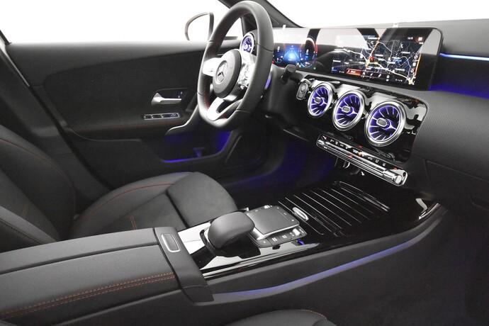 Kuva 15/26, Mercedes-Benz A 250 e A sedan Bsn AMG Edition EQ Power + Panorama, Isot Diginäytöt, Sedan, Automaatti, Bensiini, Plug-in-hybridi, JMB-767