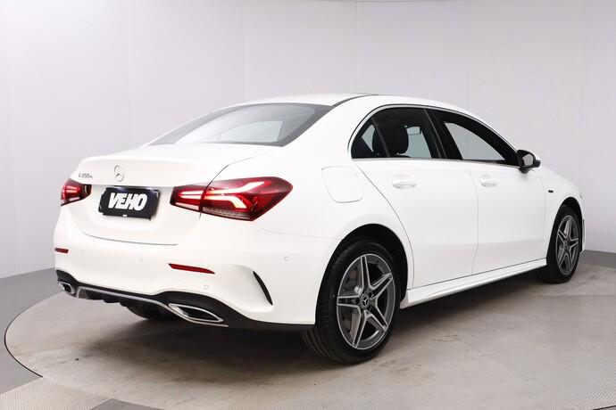 Kuva 6/26, Mercedes-Benz A 250 e A sedan Bsn AMG Edition EQ Power + Panorama, Isot Diginäytöt, Sedan, Automaatti, Bensiini, Plug-in-hybridi, JMB-767