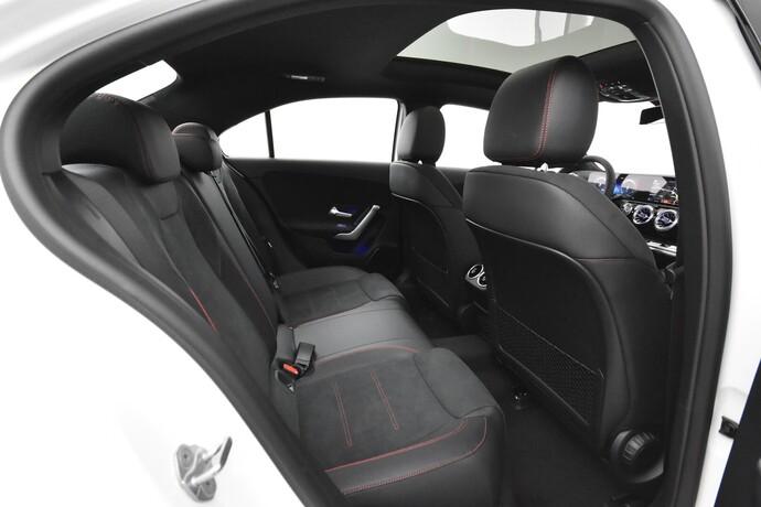 Kuva 10/26, Mercedes-Benz A 250 e A sedan Bsn AMG Edition EQ Power + Panorama, Isot Diginäytöt, Sedan, Automaatti, Bensiini, Plug-in-hybridi, JMB-767
