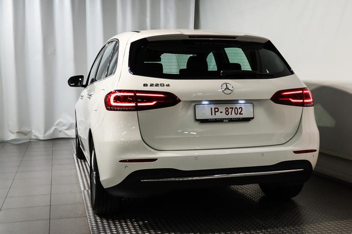 Kuva 6/21, Mercedes-Benz B 220 d A Business Style, Tila-auto, Automaatti, Diesel, IP-8702