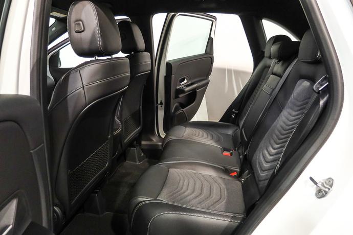 Kuva 10/21, Mercedes-Benz B 220 d A Business Style, Tila-auto, Automaatti, Diesel, IP-8702