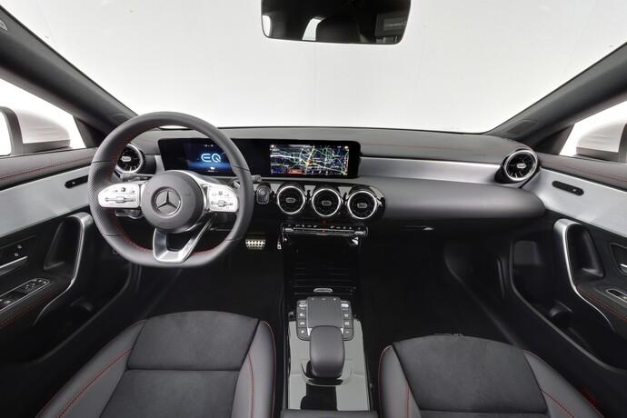 Kuva 13/25, Mercedes-Benz CLA 250 e A Shooting Brake Business AMG EQ Power, Farmari, Automaatti, Bensiini, Plug-in-hybridi, CPJ-588