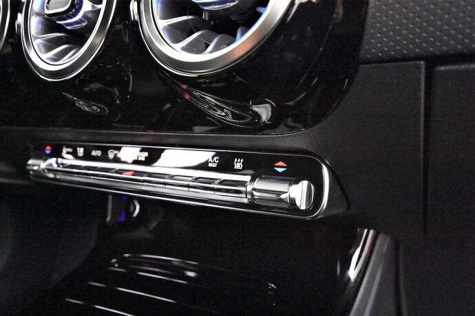 Kuva 17/28, Mercedes-Benz CLA 250 e A Shooting Brake Business AMG EQ Power, Farmari, Automaatti, Bensiini, Plug-in-hybridi, ZNR-286