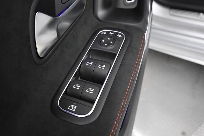 Kuva 21/28, Mercedes-Benz CLA 250 e A Shooting Brake Business AMG EQ Power, Farmari, Automaatti, Bensiini, Plug-in-hybridi, ZNR-286