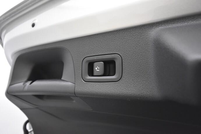 Kuva 25/28, Mercedes-Benz CLA 250 e A Shooting Brake Business AMG EQ Power, Farmari, Automaatti, Bensiini, Plug-in-hybridi, ZNR-286