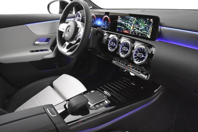 Kuva 14/24, Mercedes-Benz CLA 250 e A Business AMG EQ Power, Coupe, Automaatti, Bensiini, Plug-in-hybridi, MZA-533