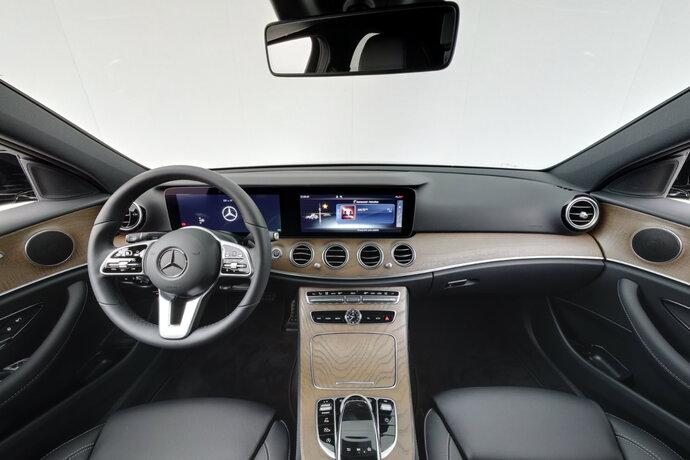 Kuva 10/16, Mercedes-Benz E 200 d A Edition One Nahkaverhoilu, Widescreen Cockpit, Sedan, Automaatti, Diesel, YKM-205