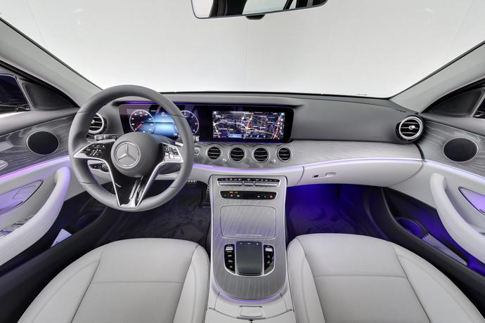 Kuva 11/24, Mercedes-Benz E 220 d 4Matic A All-Terrain, Farmari, Automaatti, Diesel, Neliveto, JP-7946