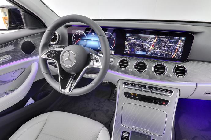 Kuva 12/24, Mercedes-Benz E 220 d 4Matic A All-Terrain, Farmari, Automaatti, Diesel, Neliveto, JP-7946