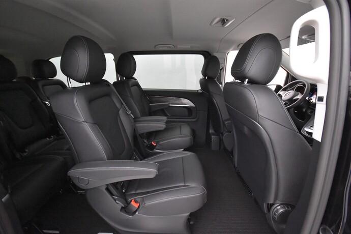 Kuva 12/26, Mercedes-Benz EQV 300 e keskipitkä A2, Tila-auto, Automaatti, Sähkö, MYY-553