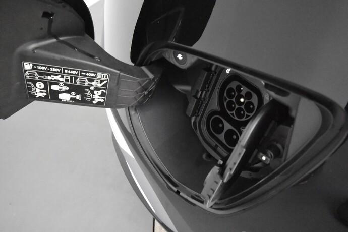 Kuva 26/26, Mercedes-Benz EQV 300 e keskipitkä A2, Tila-auto, Automaatti, Sähkö, MYY-553
