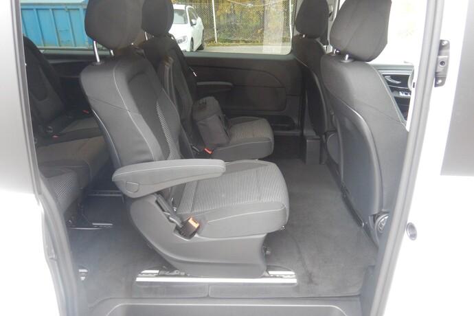 Kuva 10/14, Mercedes-Benz EQV 300 e pitkä A3 **UUSI AUTO, NOPEAAN TOIMITUKSEEN**, Tila-auto, Automaatti, Sähkö, MYY-549