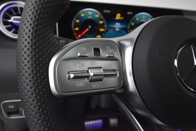 Kuva 18/27, Mercedes-Benz GLA 250 4Matic A Business ** 2 vuoden takuu **, Maastoauto, Automaatti, Bensiini, Neliveto, JJ-3092