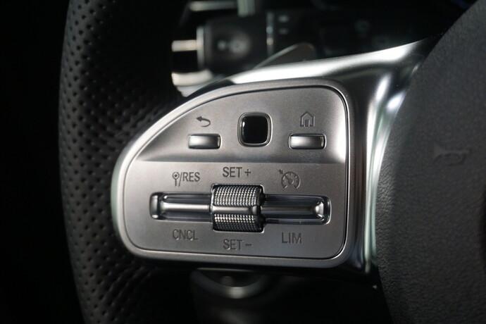 Kuva 14/21, Mercedes-Benz GLC 300 e 4Matic A Business, Maastoauto, Automaatti, Bensiini, Plug-in-hybridi, Neliveto, JMH-528