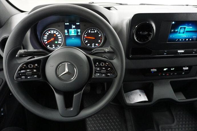 Kuva 8/11, Mercedes-Benz SPRINTER 316CDI RWD-3,5/43K pitkä A3 A (19.1, Pakettiauto, Automaatti, Diesel, ZME-761
