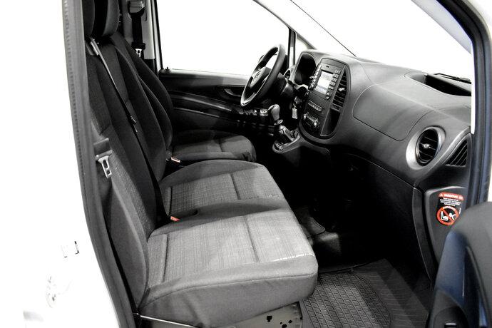 Kuva 9/11, Mercedes-Benz VITO Mercedes-Benz VITO 110CDI FWD-3,05/34K pitkä A3 Worker, Pakettiauto, Manuaali, Diesel, ZNA-258