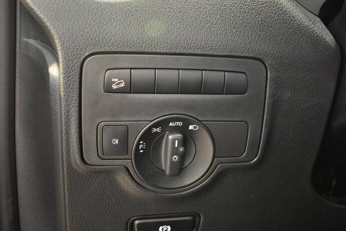 Kuva 10/12, Mercedes-Benz VITO 116CDI 4x4-3,05/32K keskipitkä A2 A Facelift, Pakettiauto, Automaatti, Diesel, Neliveto, LPB-151
